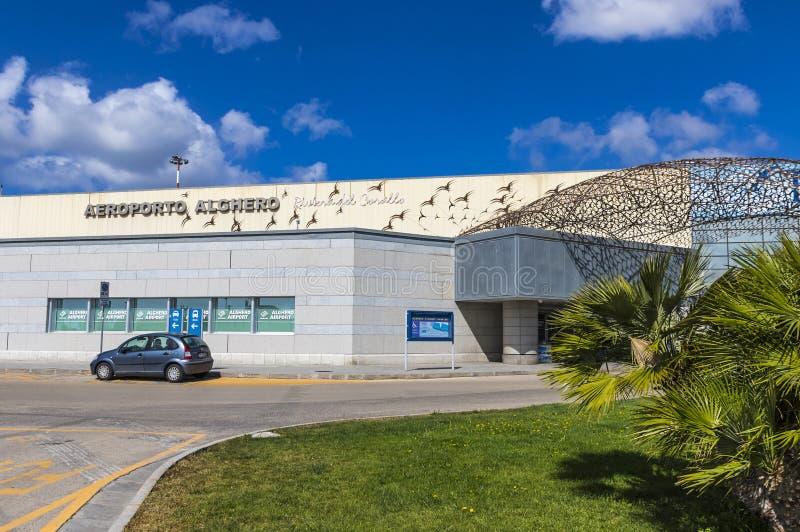 在撒丁岛海岛,意大利上的阿尔盖罗Fertilia机场 免版税库存照片
