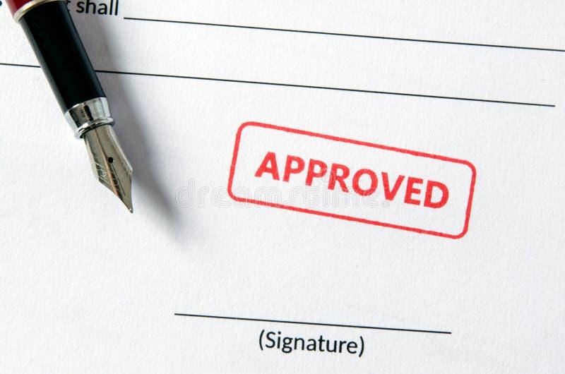 在文件的批准的邮票 空的署名领域,钢笔 库存图片