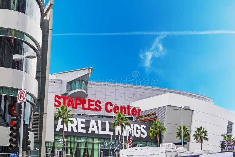 在斯台普斯中心的洛杉矶国王队横幅 免版税库存图片
