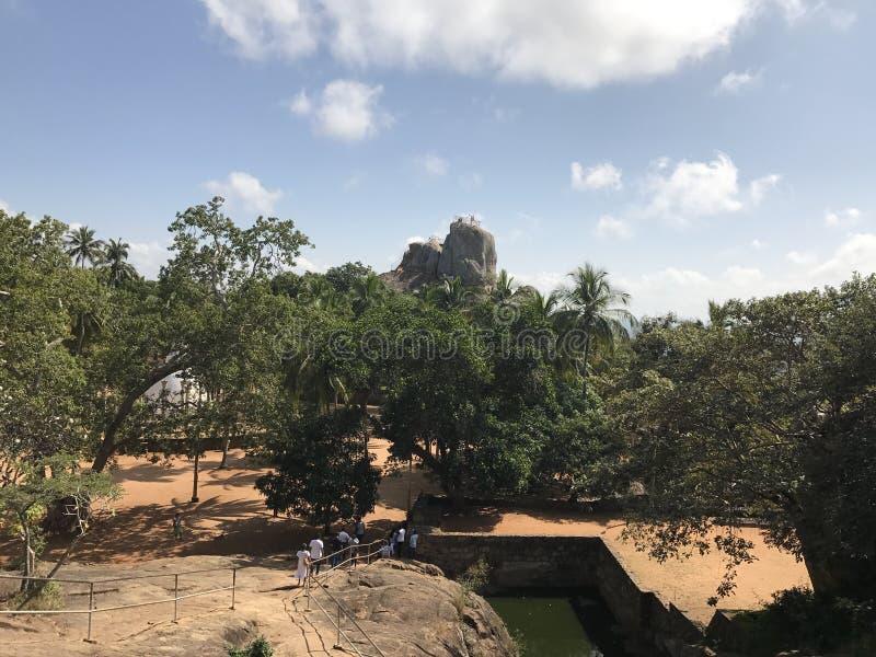 在斯里兰卡命名的Mihinthalaya古老岩石 免版税图库摄影
