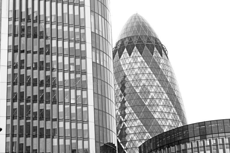 在新修造的伦敦摩天大楼财政distric 库存照片