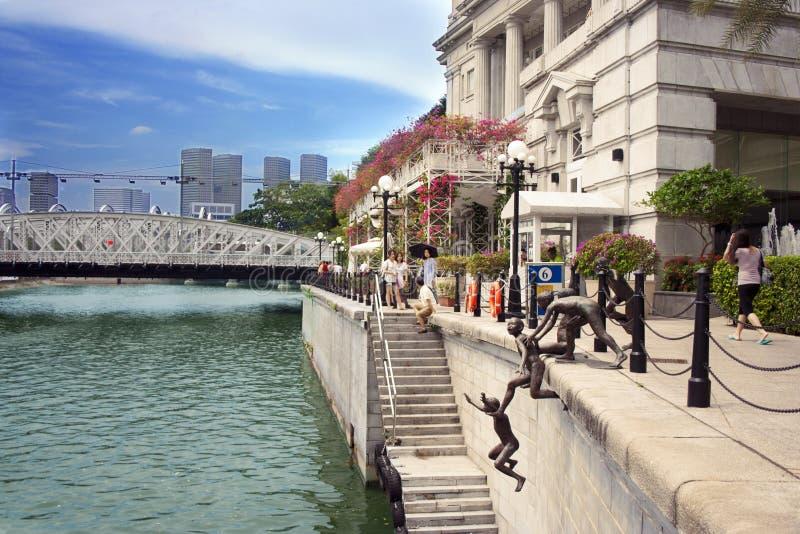 Download 在新加坡河, Singapor的第一代雕塑 编辑类照片. 图片 包括有 乐趣, 著名, 栏杆, 旅游业, 安排 - 72366056