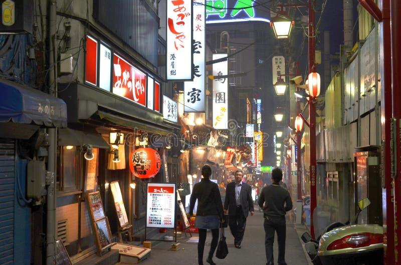 在新宿backstreets的夜  图库摄影