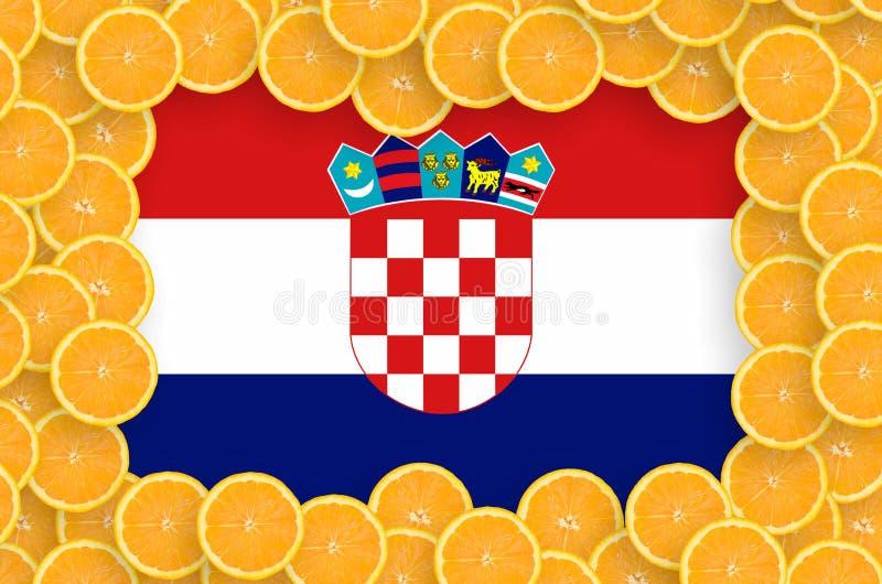 在新柑桔切片框架的克罗地亚旗子 库存例证
