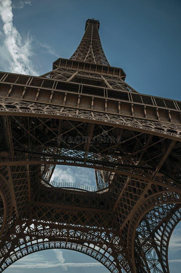 在新艺术主义样式做的埃菲尔铁塔在巴黎 免版税库存图片