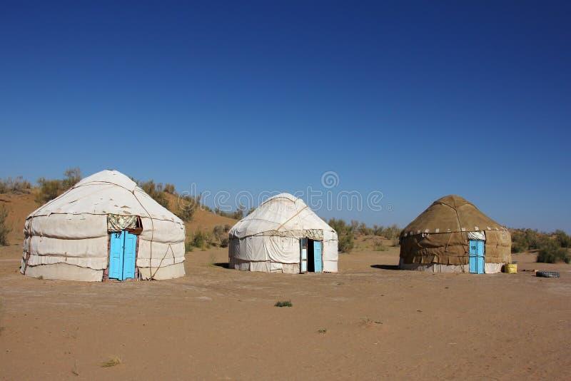 在旅游阵营的三yurts 库存图片