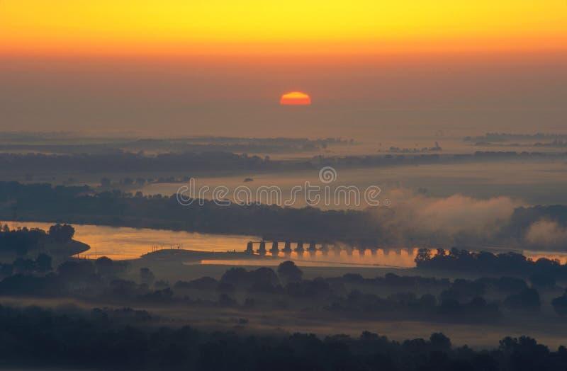 在日出的阿肯色河谷,阿肯色 免版税库存图片