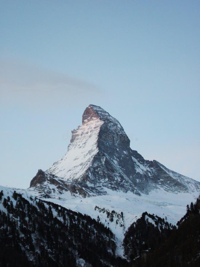 在日出的马塔角峰顶在策马特 图库摄影