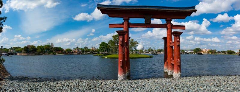 在日本亭子前面的寺庙在Epcot中心 免版税图库摄影
