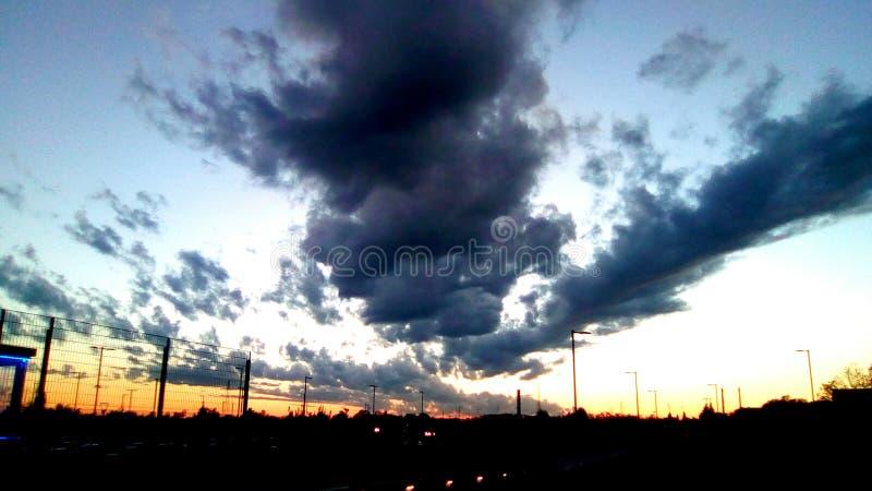 在日落的云彩 图库摄影