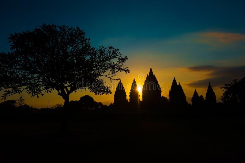 在日落的Prambanan寺庙, Java,印度尼西亚 库存图片