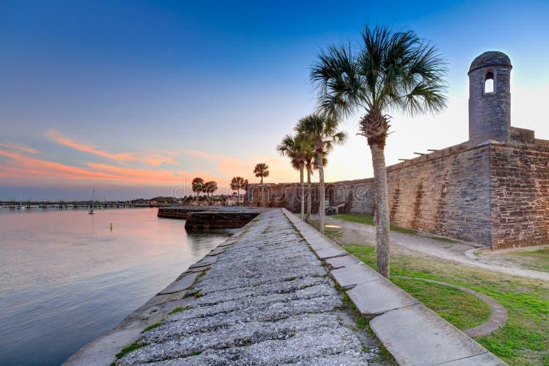 在日落的圣奥斯丁堡垒在3月 免版税图库摄影
