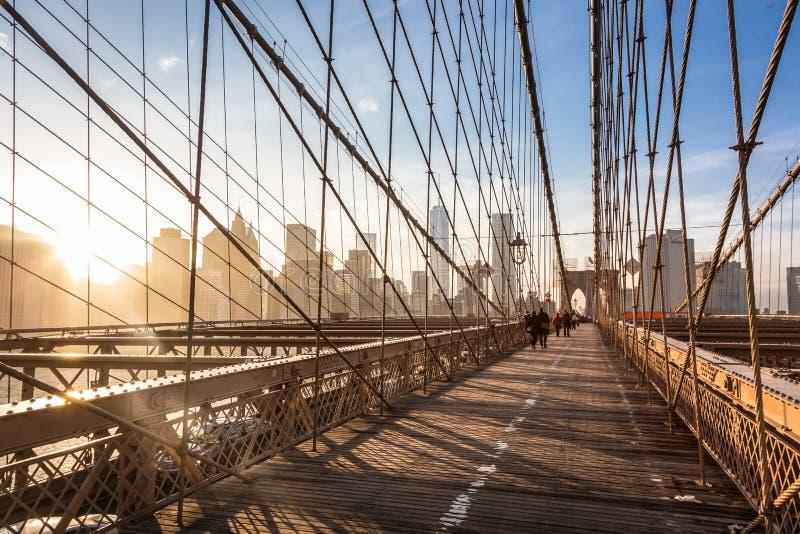 在日落的布鲁克林大桥,纽约 库存照片