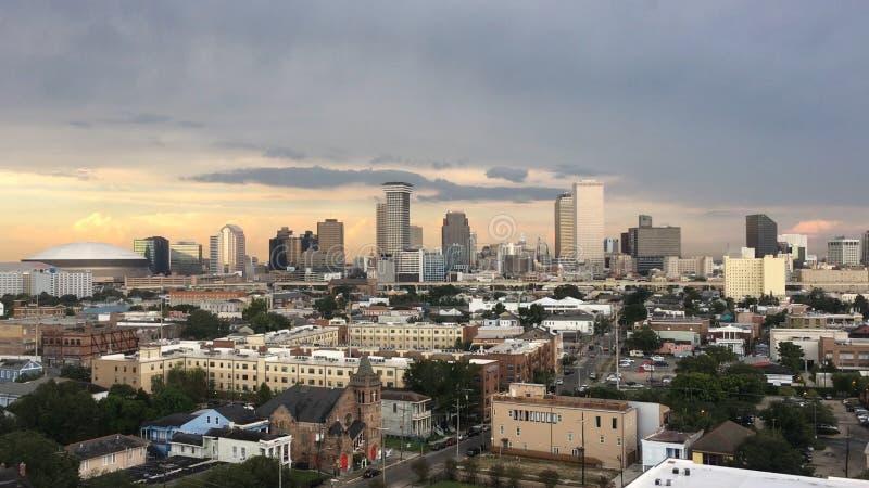 在日落的新奥尔良,路易斯安那地平线 免版税库存照片