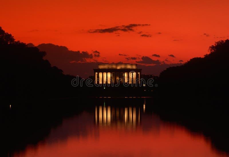 在日落的林肯纪念品 免版税库存图片