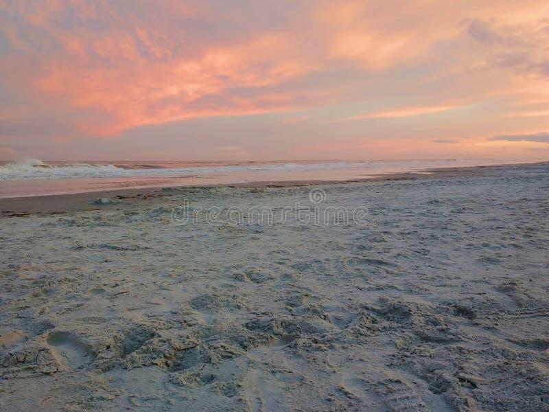 在日落的海滩在希尔顿黑德岛,南卡罗来纳 库存照片