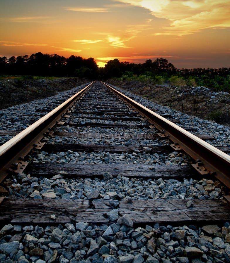 在日落的铁路 库存图片