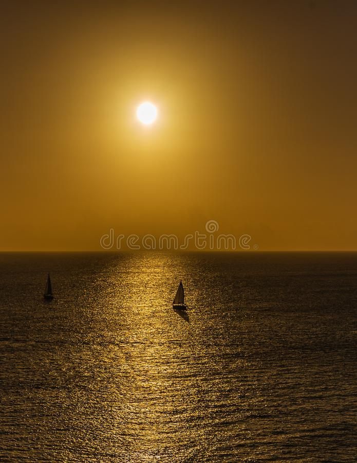 在日落的风船在基韦斯特岛 免版税库存图片