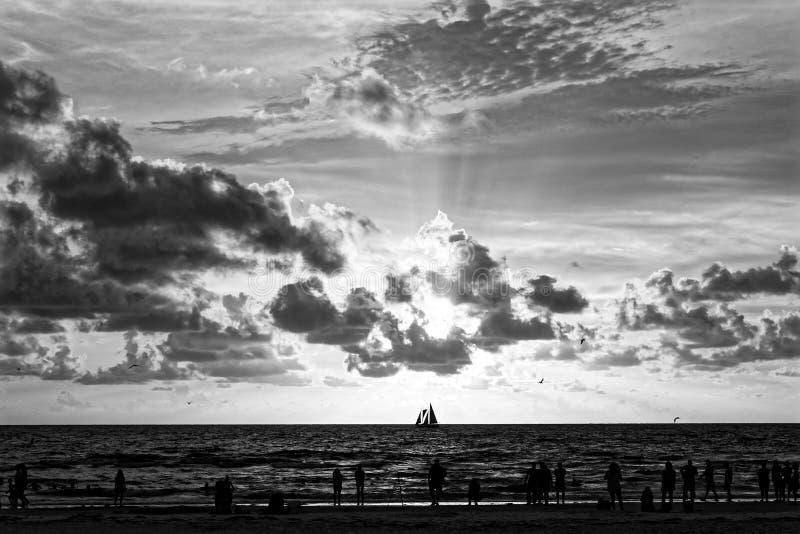 在日落的Clearwater海滩 免版税库存图片
