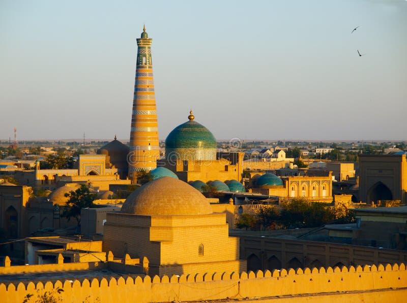 在日落的Khiva 免版税图库摄影