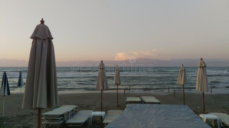 在日落的Roda海滩科孚岛 库存图片