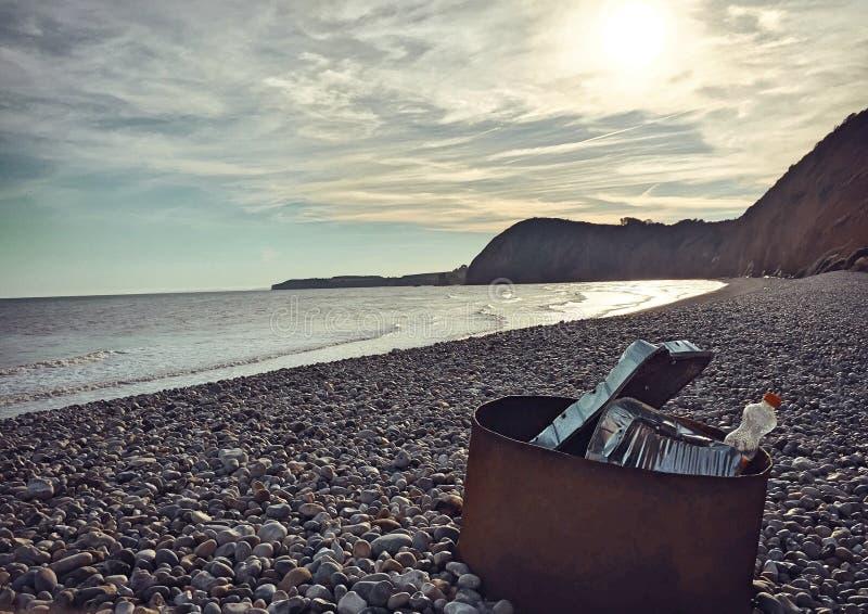 在日落的Sidmouth海滩 免版税图库摄影