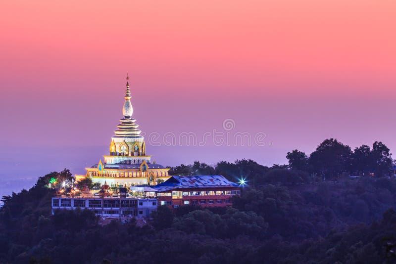 在日落的Wat Thaton,泰国 图库摄影
