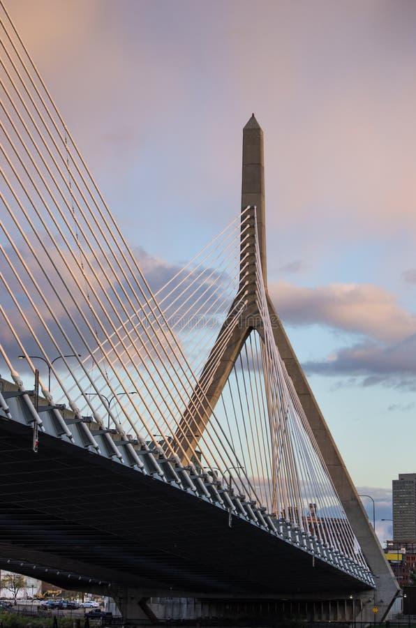 在日落的Zakim桥梁 图库摄影