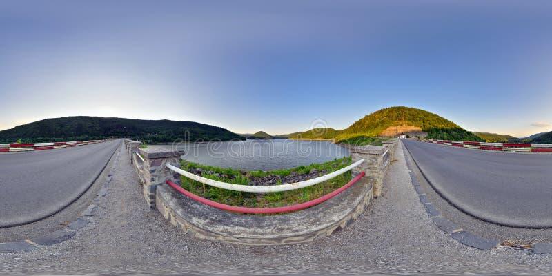 在日落的Zetea水库 库存照片