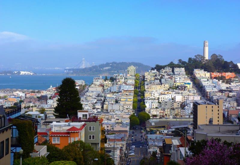 在旧金山地平线的Coit塔 免版税图库摄影