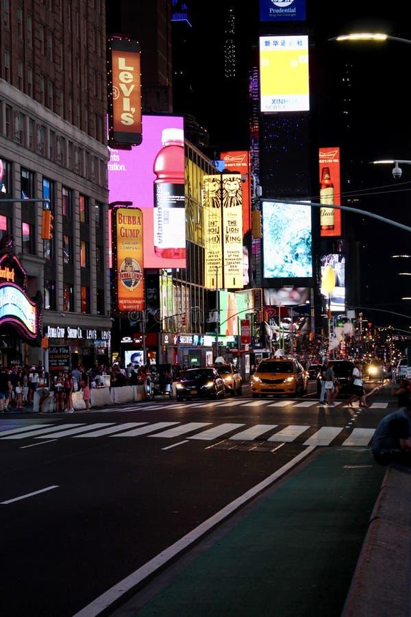 在时间广场纽约的夜景 免版税库存图片