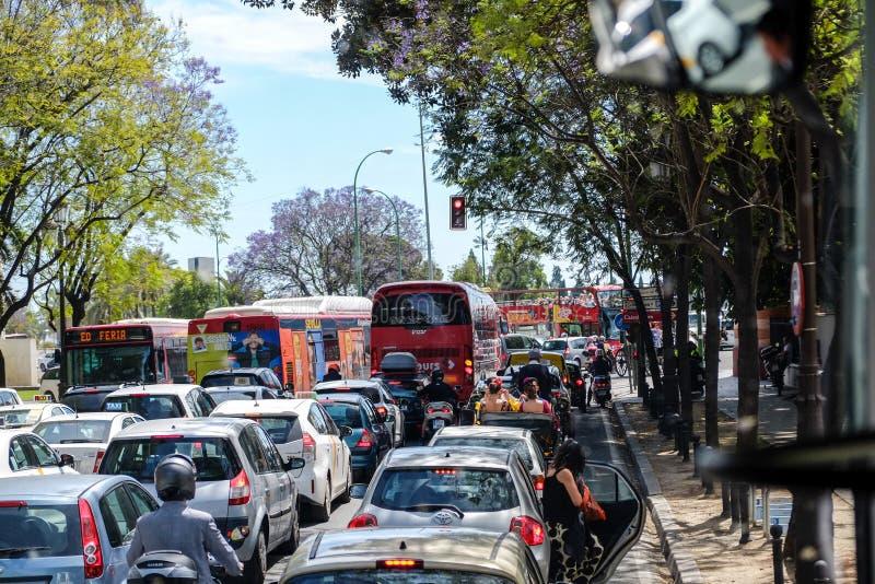 在旺季的堵车在Feria de阿布利尔节日期间 免版税库存照片