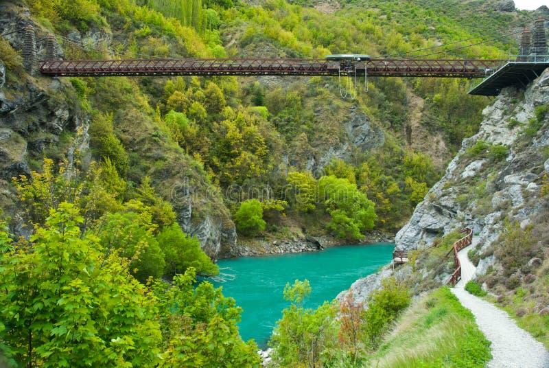 在昆斯敦附近的Kawarau桥梁。Bungy跳跃 免版税库存照片