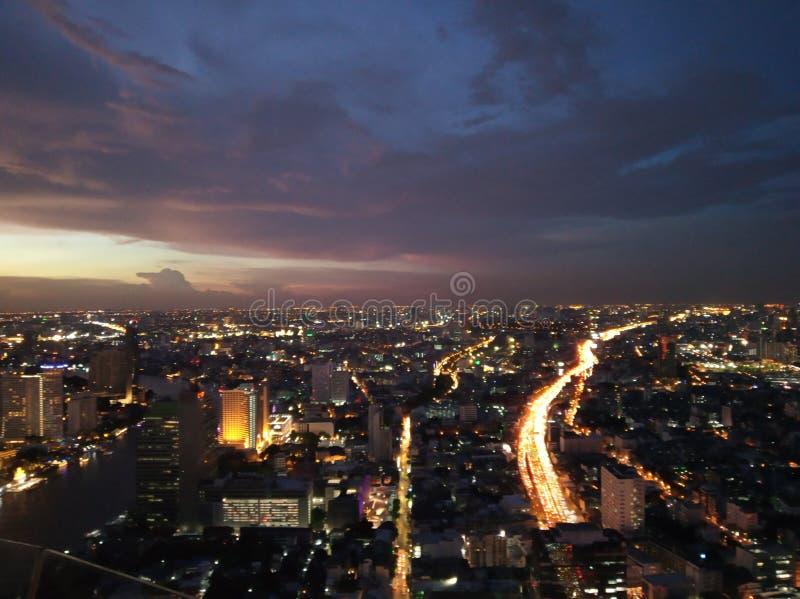 在星期五的夜曼谷 免版税库存照片