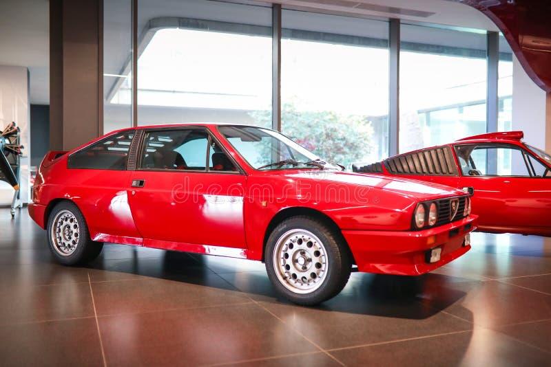 在显示的阿雷塞,意大利-阿尔法・罗密欧Sprint 6C模型在历史博物馆阿尔法・罗密欧 免版税库存照片