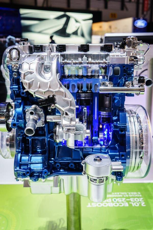 在显示,汽车展示会吉恩威的发动机2015年 库存图片