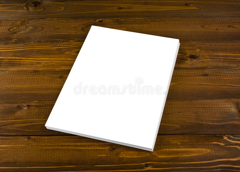 在替换您的designÑŽ的木头的空白的飞行物海报 库存照片