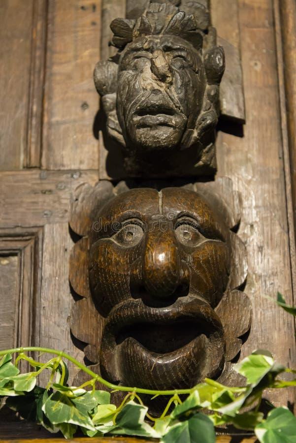在木头雕刻的动物头,罗切斯特,肯特,英国,英国 免版税图库摄影