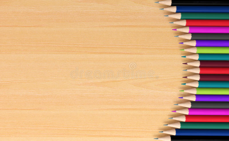 在木板的色的铅笔 库存照片