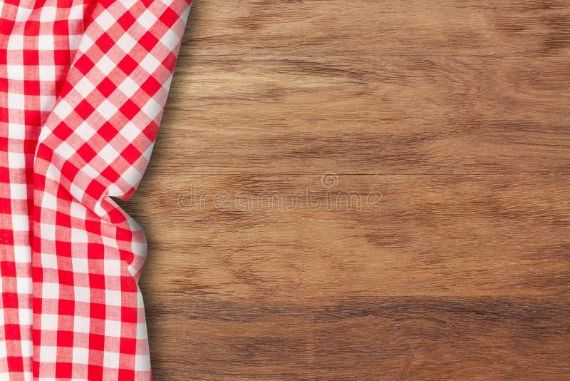 在木桌上的桌布与拷贝空间 图库摄影