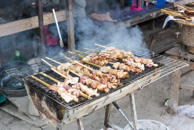 在木炭泰国样式食物烤的猪肉 免版税库存图片