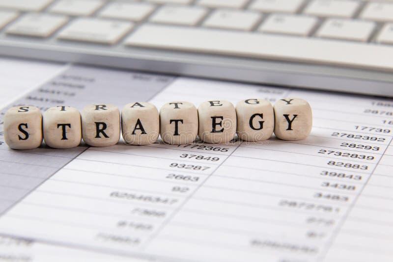 在木立方体企业内容图象的战略词 库存图片