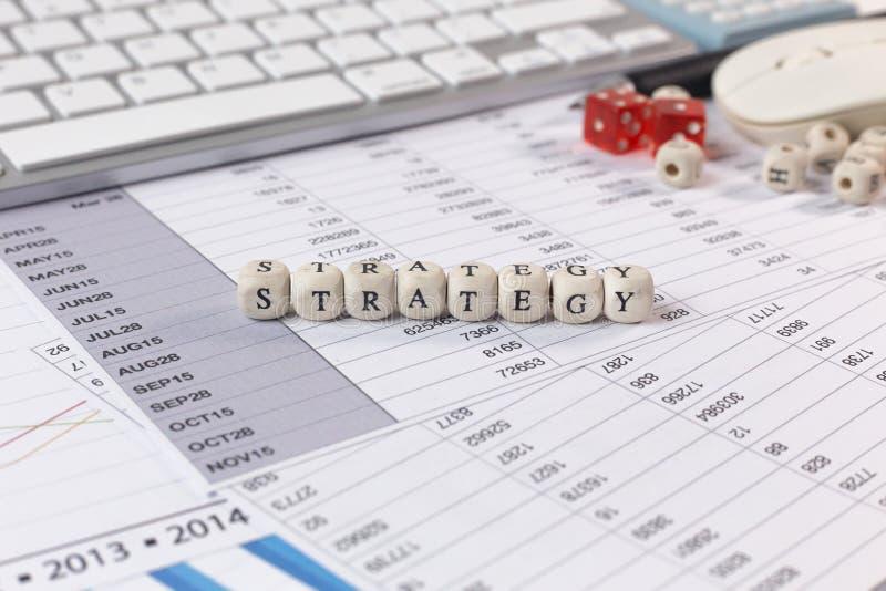在木立方体企业内容图象的战略词 免版税库存图片