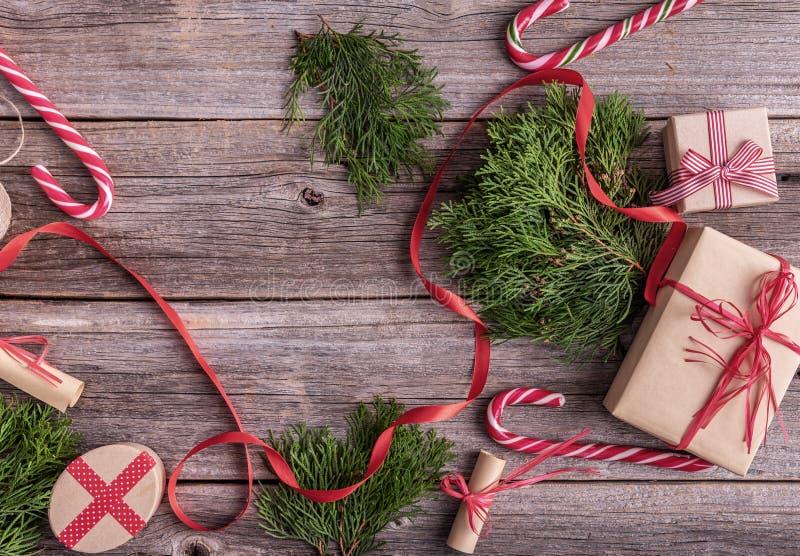 在木背景的新年的静物画 图库摄影