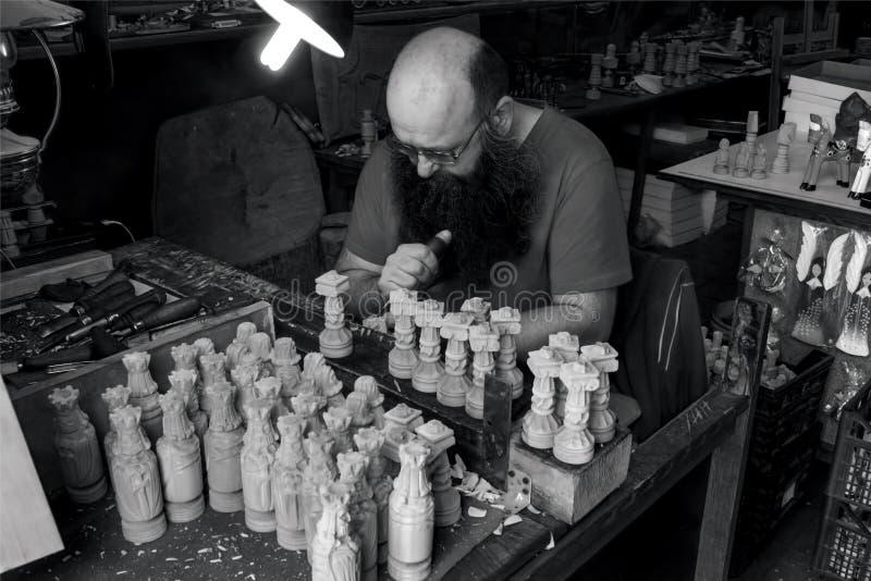 在木雕家` s商店-克拉科夫05 2018年 免版税库存照片