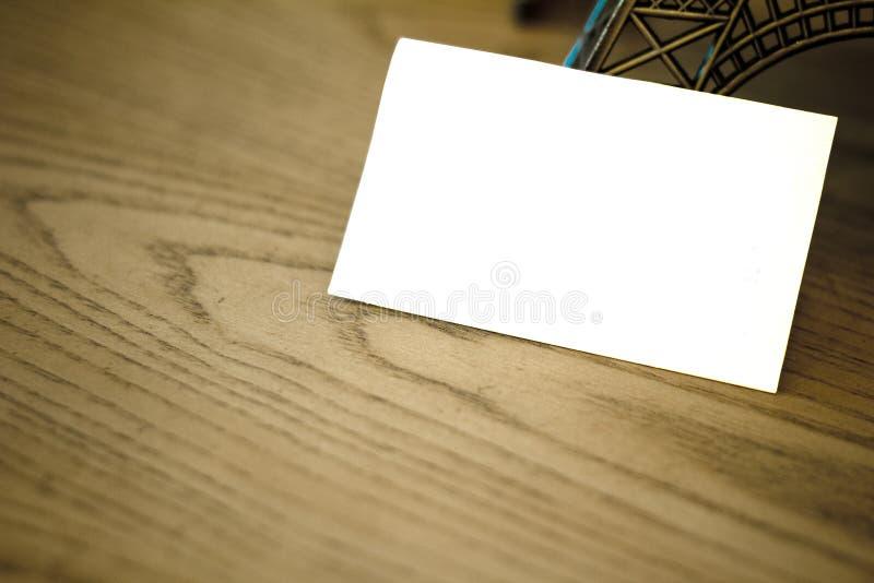 在木头的空插件 免版税库存图片