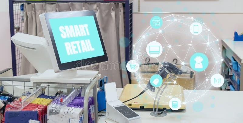 在未来派技术概念的聪明的零售象展示blockchain意思包括商店,顾客,零售,商店,produc 免版税图库摄影