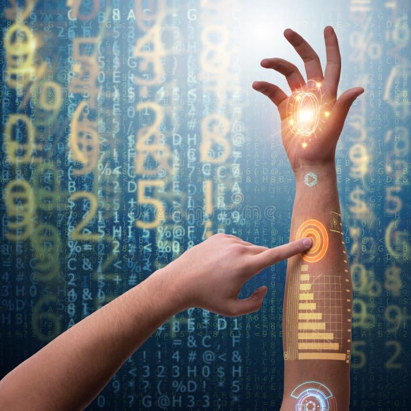 在未来派概念的人的机器人手 免版税图库摄影