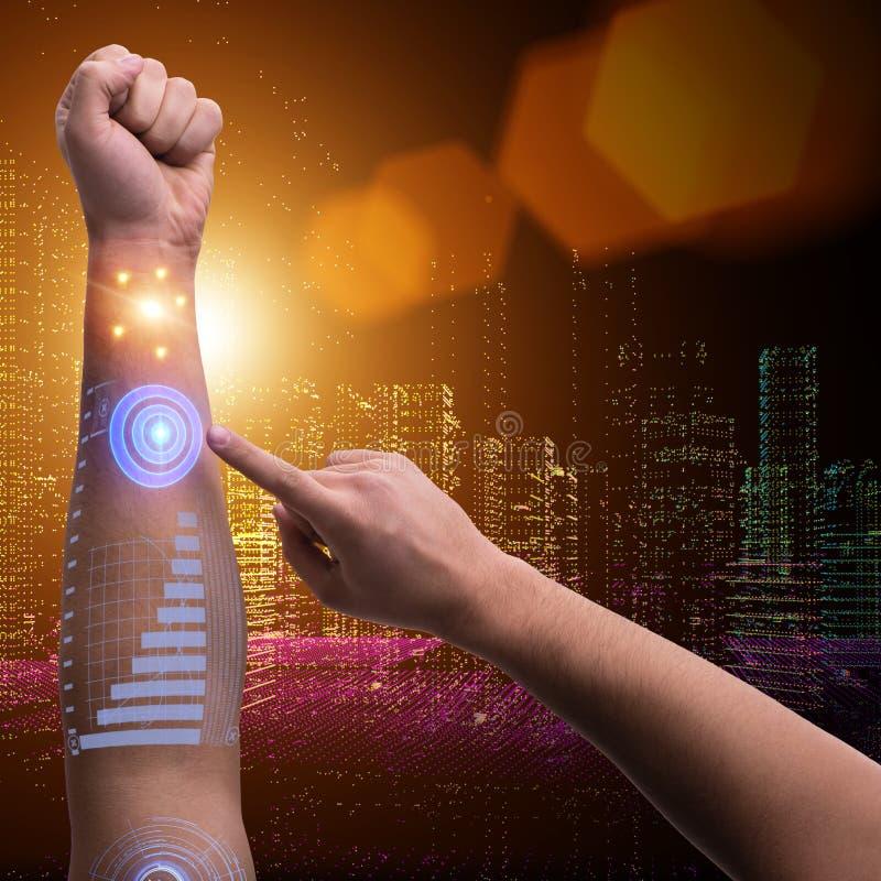 在未来派概念的人的机器人手 库存照片
