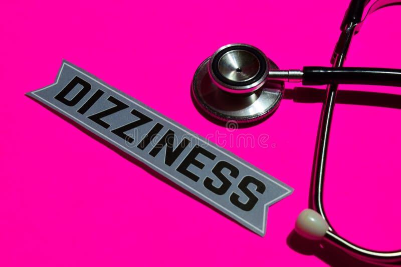 在本文的头晕与医疗保障概念 免版税库存图片